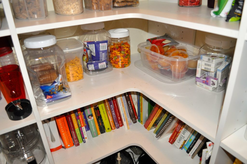 D2's snackshelf. Cookbooks now within easy reach.